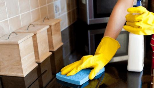 المحافظة على نظافة المطبخ وترتيبه